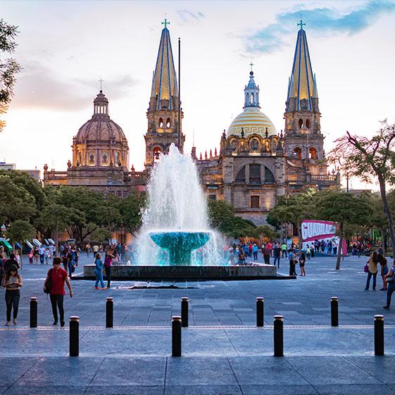plaza-liberacion-guadalajara